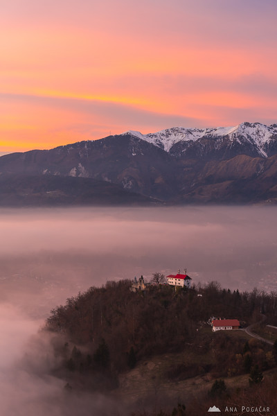Sunset colors above Stari grad and the fog
