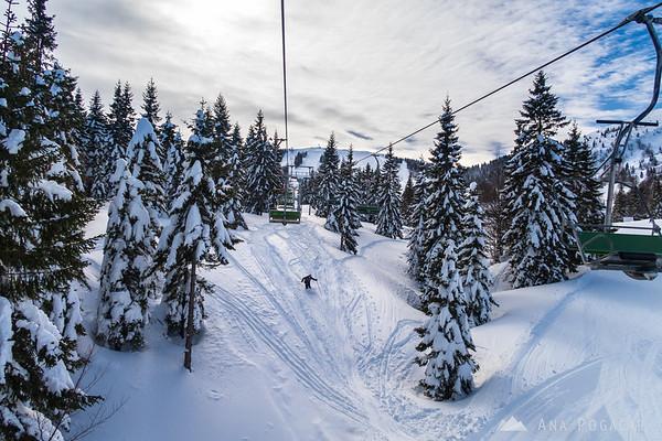 Skiing on snowy Soriška planina