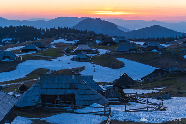 Velika planina before sunrise