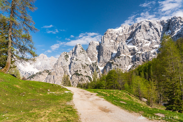 A sunny spring day on the Vršič Pass