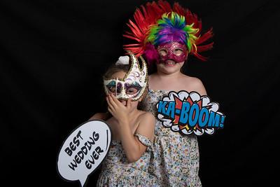 Emma & Geoff PhotoPod-3110