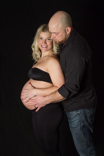 Winnipeg Maternity Photographers