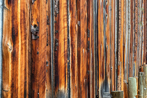 The one side of the barn had this beautiful colour and lines.