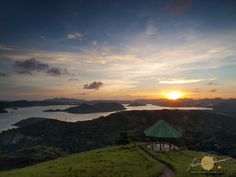 Calamianes Sunset at Mt Tapyas - Coron