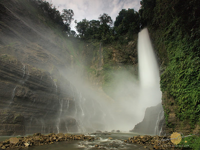 Powerful Hikong Bente Falls - Lake Sebu
