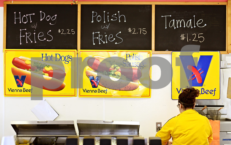 Beck Diefenbach  -  bdiefenbach@daily-chronicle.com<br /> <br /> F and J's, on Annie Glidden Road in DeKalb, Ill., displays a very simple menu on Monday March 16, 2009.