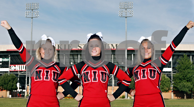Rob Winner – rwinner@daily-chronicle.com<br /> (From left) Laura Juzeszyn, Karly Clark, and Kelsey Sharer of the NIU cheerleader team.<br /> 08/13/2009