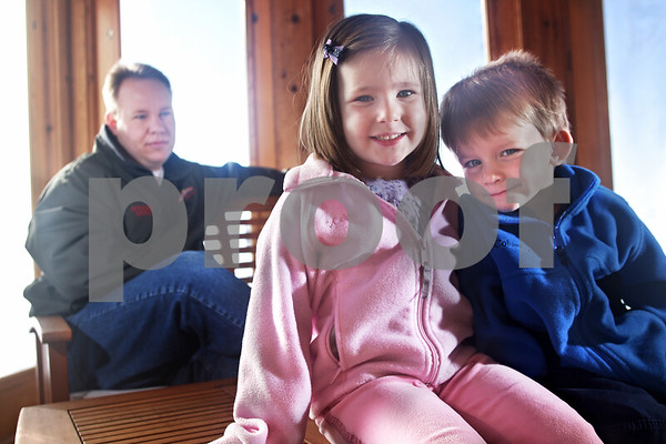 Beck Diefenbach  -  bdiefenbach@daily-chronicle.com<br /> <br /> From left, Jamie Walter, of DeKalb, with his daughter Sydney, 5, and son Joshua, 3.