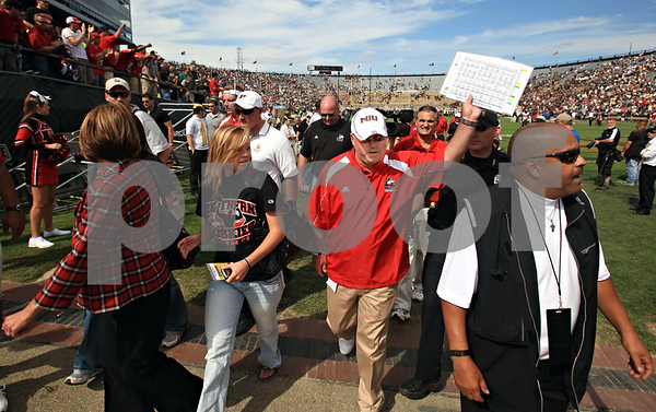 Beck Diefenbach – bdiefenbach@daily-chronicle.com<br /> <br /> Northern Illinois head coach Jerry Kill celebrates the defeat of Purdue University in West Lafayette, Ind., on Saturday Sept. 19, 2009