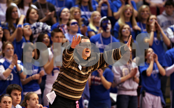 Beck Diefenbach – bdiefenbach@daily-chronicle.com<br /> <br /> Hinckley-Big Rock head coach Greg Burks calls out to his players after taking the lead during the second of the Class 1A Girls Basketball Semi-Final game against Ridgeview High School at the Red Bird Arena in Normal, Ill., on Friday Feb. 27, 2009.