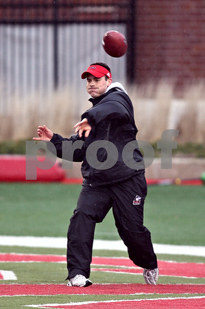 Beck Diefenbach  -  bdiefenbach@daily-chronicle.com<br /> <br /> Northern Illinois' defensive grad assistant Brad Brachear during practice at NIU's Huskie Stadium in DeKalb, Ill., on Tuesday March 24, 2009.