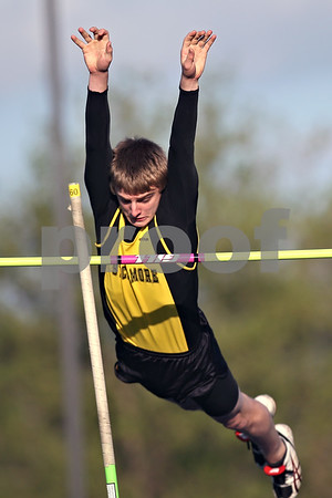 Beck Diefenbach  -  bdiefenbach@daily-chronicle.com<br /> <br /> Sycamore's Ralph Helm competes in the pole vault during the Gib Seegers Track and Field Classic at Sycamore High School in Sycamore, Ill., on Friday May 1, 2009.