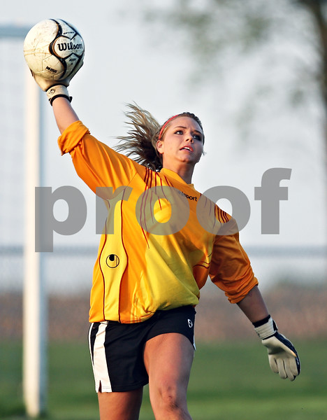 Beck Diefenbach  -  bdiefenbach@daily-chronicle.com<br /> <br /> Indian Creek goalie Kaylee Berg throws the ball into play during the game against Hinckley-Big Rock at HBR High School in Hinckley, Ill., on Tuesday May 5, 2009.