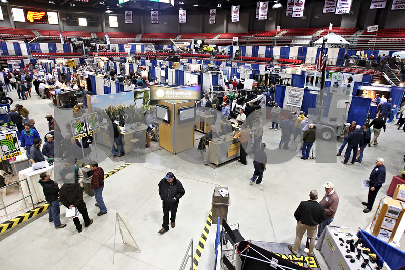 Beck Diefenbach  -  bdiefenbach@daily-chronicle.com<br /> <br /> 270 exhibits take place during the 27th Annual Northern Illinois Farm Show at the Northern Illinois University Convocation Center in DeKalb, Ill., on Wednesday Jan. 7, 2009.