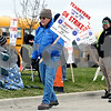 Rob Winner – rwinner@daily-chronicle.com<br /> Bus drivers for DeKalb School District 428 went on strike Monday morning and gathered in front of the First Student bus yard in DeKalb.<br /> 11/16/2009