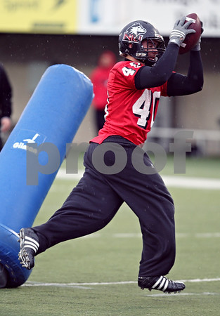 Beck Diefenbach  -  bdiefenbach@daily-chronicle.com<br /> <br /> Northern Illinois' Victor Jacques (40) during practice at NIU's Huskie Stadium in DeKalb, Ill., on Tuesday March 24, 2009.