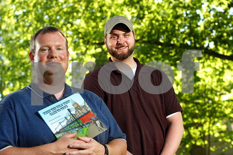 Beck Diefenbach  -  bdiefenbach@daily-chronicle.com<br /> <br /> Rob Dancy, left, and Mike Olson