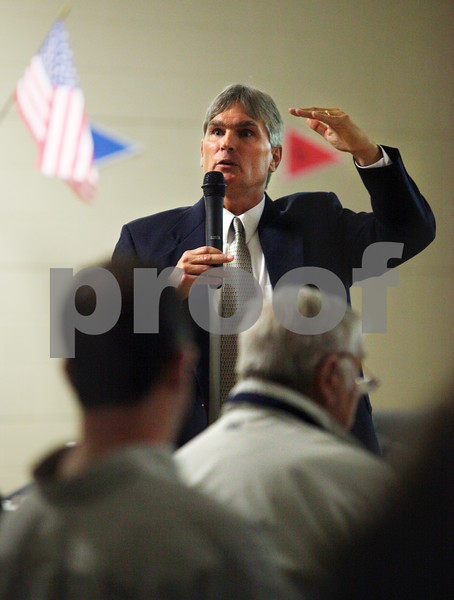 Beck Diefenbach  -  bdiefenbach@daily-chronicle.com<br /> <br /> Jim Briscoe, superintendent for DeKalb School District 428, speaks during during a special meeting at Cortland Elementary School in regards to the possible closing of a Malta school on Wednesday Oct. 28, 2009.