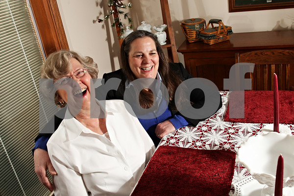Beck Diefenbach – bdiefenbach@daily-chronicle.com<br /> <br /> Five months ago, Beverly Heal, left, received a kidney from her friend Jane Esnor, right.