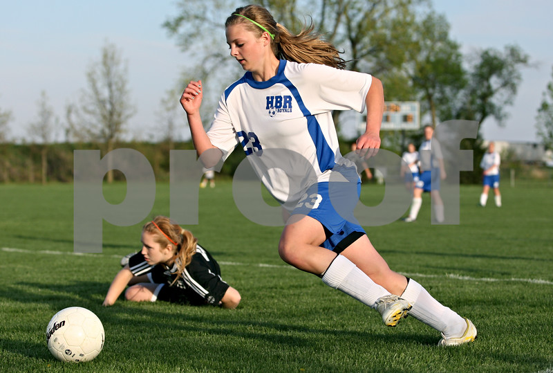 Rob Winner – rwinner@daily-chronicle.com<br /> <br /> Hinckley-Big Rock's Sarah Paver heads toward the Kaneland goal late in the first half of their game in Hinckley, Ill. on Wednesday April 28, 2010.