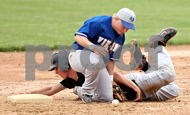 Beck Diefenbach  -  bdiefenbach@daily-chronicle.com<br /> <br /> DeKalb's Brian Sisler (22, back) slides safe into second base behind Geneva's Brian Cornick (9) during the seventh inning of the game at Geneva High School in Geneva, Ill., on Thursday May 13, 2010. DeKalb defeated Geneva 5 to 3.