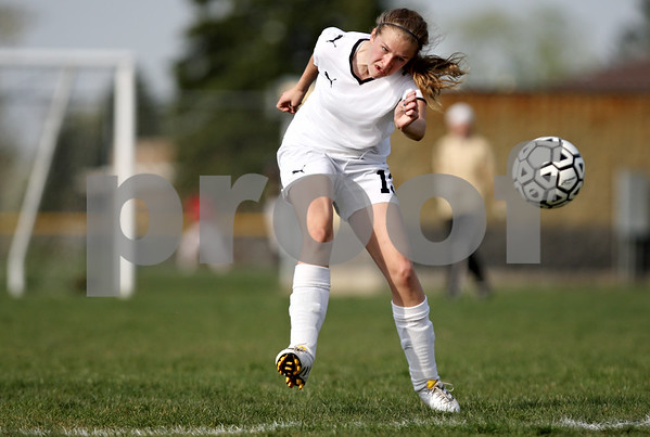 Rob Winner – rwinner@daily-chronicle.com<br /> <br /> Sycamore's Lisa Stueber looks to move  a ball up field during the first half on Thursday April 22, 2010 in Sycamore, Ill. Batavia went on to defeat Sycamore, 2-0.