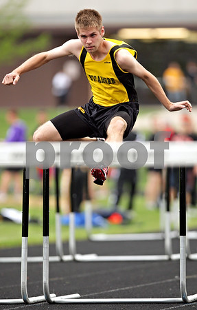Beck Diefenbach  -  bdiefenbach@daily-chronicle.com<br /> <br /> Sycamore's Ryan Floit competes in the 110 meter hurdles during the Gib Seegers' Track and Field Classic at Sycamore High School in Sycamore, Ill., on April 30, 2010.