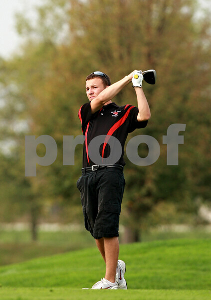 Beck Diefenbach – bdiefenbach@daily-chronicle.com<br /> <br /> Indian Creek's Tyler Leiving tees off on the 15th hole during the Little 10 Conference Meet at the Hughes Creek Golf Course in Elburn, Ill., on Wednesday Sept. 22, 2010.