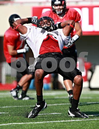 Beck Diefenbach  -  bdiefenbach@daily-chronicle.com<br /> <br /> Northern Illinois University's Anthony Johnson during practice at Huskie Stadium in DeKalb, Ill., on Wednesday Aug. 25, 2010.