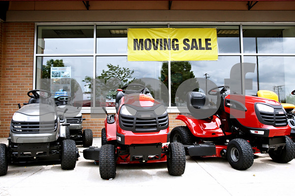 Rob Winner – rwinner@daily-chronicle.com<br /> <br /> Sears is moving from there location at Northland Plaza in DeKalb, Ill. and Hobby Lobby will be moving in.<br /> <br /> May 20, 2010