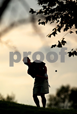 Beck Diefenbach – bdiefenbach@daily-chronicle.com<br /> <br /> Indian Creek's Alex Bremner chips on to  the 16th green during the Little 10 Conference Meet at the Hughes Creek Golf Course in Elburn, Ill., on Wednesday Sept. 22, 2010.
