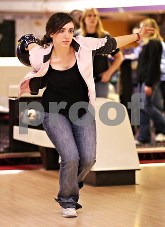 Beck Diefenbach  -  bdiefenbach@daily-chronicle.com<br /> <br /> DeKalb senior Lisa Paulsen releases her ball during bowling practice at Mardi Gras Lanes in DeKalb, Ill., on Tuesday Feb. 9, 2010.