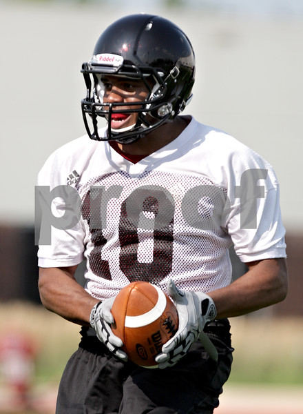 Beck Diefenbach - bdiefenbach@daily-chronicle.com<br /> <br /> Northern Illinois wide receiver Willie Clark during the first practice at Huskie Stadium in DeKalb, Ill., on Thursday Aug. 5, 2010.