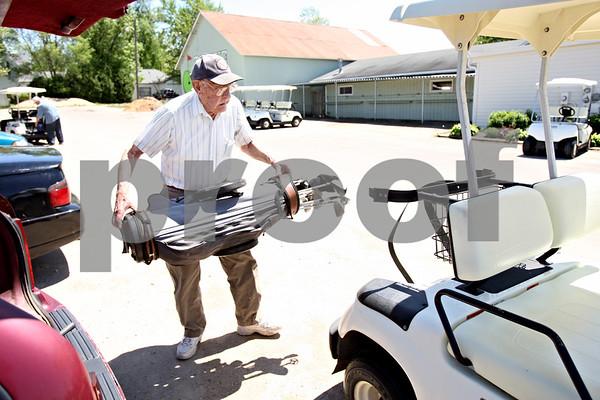 Rob Winner – rwinner@daily-chronicle.com<br /> <br /> Harley Radtke 91 year old golfer for Spotlight<br /> <br /> May 5, 2010<br /> DeKalb, Ill.