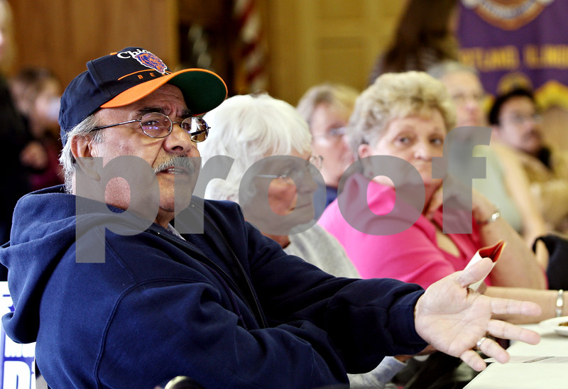 Rob Winner – rwinner@daily-chronicle.com<br /> <br /> Cortland resident Rocco Rubolino participates in a town hall meeting for those against the proposed landfill expansion in DeKalb county at the Cortland Lions Club in Cortland, Ill. on Saturday October 2, 2010.