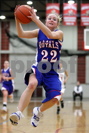 Rob Winner – rwinner@daily-chronicle.com<br /> Hinckley-Big Rock's Maxzine Rossler controls a pass before going out of bounds during the first half of Thursday night's sectional game against Elgin Academy. Hinckley-Big Rock defeated Elgin Academy, 62-35.