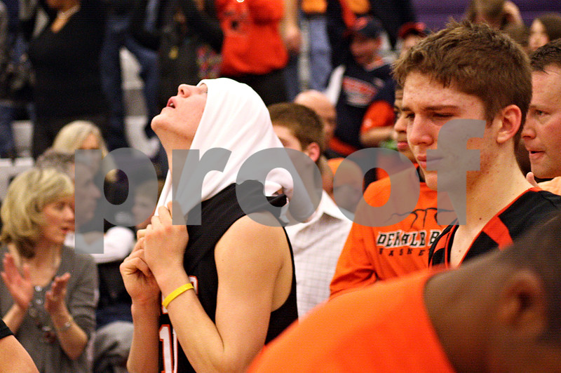 Beck Diefenbach - bdiefenbach@daily-chronicle.com<br /> <br /> DeKalb's Chris Calbow (10) reacts after the Barbs lose to Oswego in the sectional championship game at Hampshire High School in Hampshire, Ill., on Friday March 12, 2010. Oswego defeated DeKalb 57 to 51, ending the Barb's season.