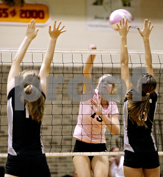 Rob Winner – rwinner@daily-chronicle.com<br /> <br /> DeKalb's Baleigh Euhus goes up for a kill during the second game against Kaneland in DeKalb, Ill. on Tuesday October 12, 2010. DeKalb went on to defeat Kaneland, 25-18 and 25-11.