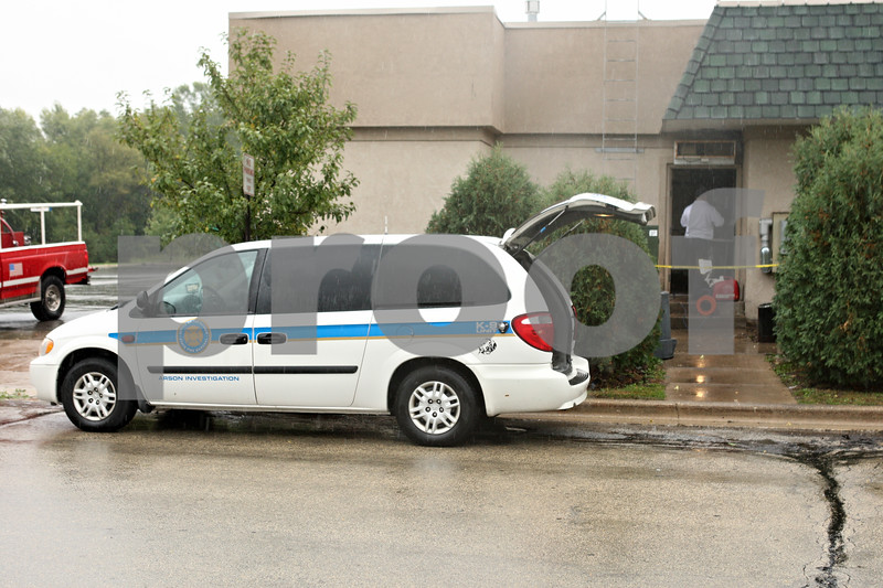 Rob Winner – rwinner@shawmedia.com<br /> <br /> An arson investigation vehicle was parked outside the Sycamore Parkway Restaurant on Monday afternoon in Sycamore.The restaurant sustained an estimated $150,000 in damage after a fire broke out in the kitchen late Sunday night.