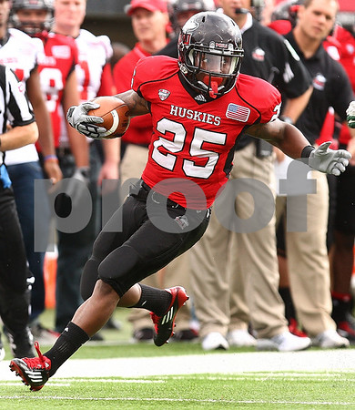 Kyle Bursaw – kbursaw@shawmedia.com<br /> <br /> \n  during the \q<br /> at Huskie Stadium in DeKalb, Ill. on Saturday, Sept. 24, 2011.