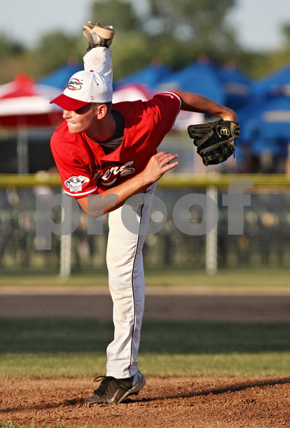 Rob Winner – rwinner@daily-chronicle.com<br /> <br /> DeKalb County Liners pitcher Connor Buxton delivers a pitch during the first inning in Sycamore, Ill. on Thursday, July 21, 2011.