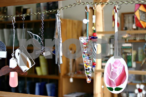 Glass Gardens, Inc., recently moved to downtown Sycamore after the store opened in DeKalb more than seven years ago.<br /> <br /> By Nicole Weskerna - nweskerna@daily-chronicle.com