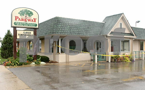 Rob Winner – rwinner@shawmedia.com<br /> <br /> The Sycamore Parkway Restaurant is temporarily closed after the business sustained an estimated $150,000 in damage after a fire broke out in the kitchen late Sunday night.