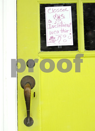 Rob Winner – rwinner@daily-chronicle.com<br /> <br /> The Hillside Restaurant in DeKalb posted a closed sign due to Tuesday's weather.