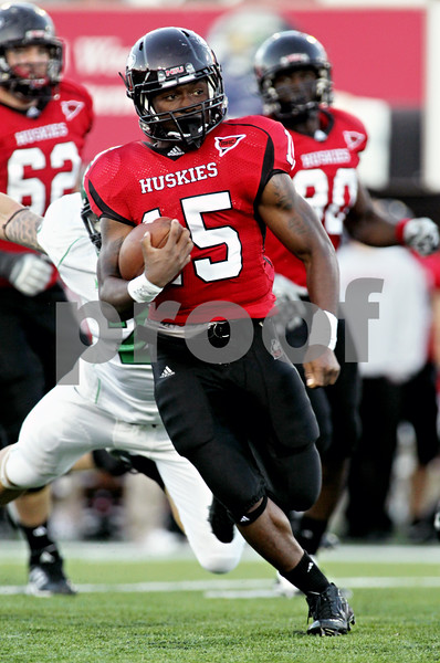 Rob Winner – rwinner@daily-chronicle.com<br /> <br /> Northern Illinois tail back Jasmin Hopkins carries the ball during the second quarter against North Dakota in DeKalb, Ill. on Saturday September 11, 2010. Northern Illinois went on to defeat North Dakota, 23-17.