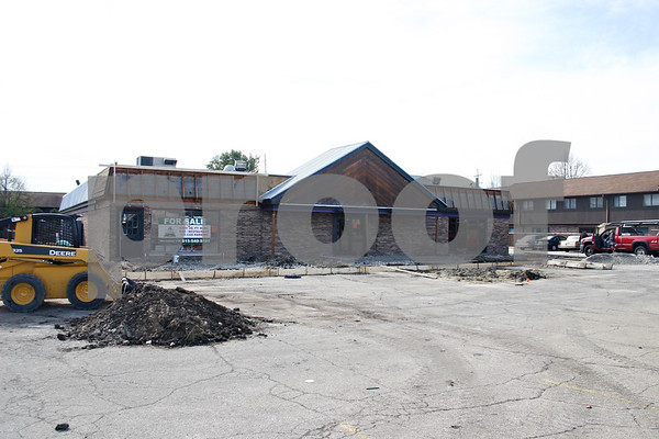 By ANDREW MITCHELL — amitchell@shawmedia.com<br /> The former home of the Campus Club Bar and Grill at 1000 W. Lincoln Highway could become the new home for the Subway restaurant currently located at 162 W. Lincoln Highway.