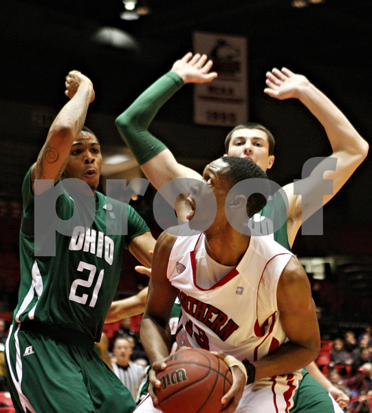 Rob Winner – rwinner@shawmedia.com<br /> <br /> Northern Illinois forward Kevin Gray looks to the basket during the first half in DeKalb on Wednesday, Feb. 1, 2012.