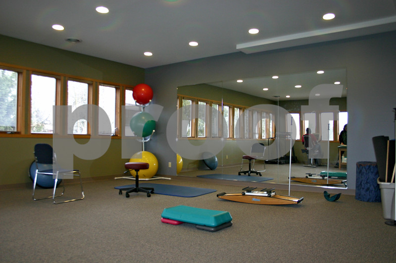 Creative Therapeautics officially opened its doors in a new building on Hillcrest Drive in DeKalb on Dec. 12. The facility is larger and allows more space for exercise classes and private treatments.<br /> <br /> By Nicole Weskerna - nweskerna@shawmedia.com