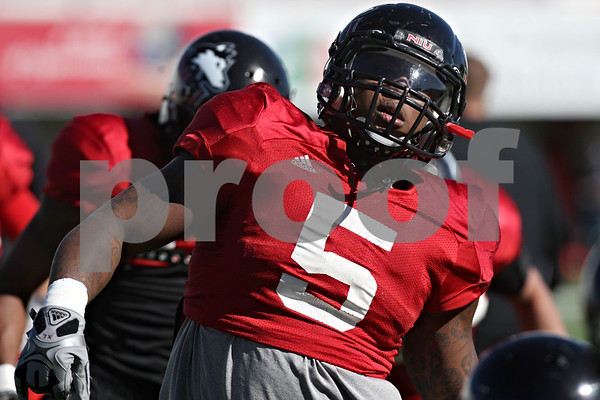 Rob Winner – rwinner@shawmedia.com<br /> <br /> Northern Illinois runningback Jamal Womble during practice at Huskie Stadium in DeKalb Friday, April 6, 2012.