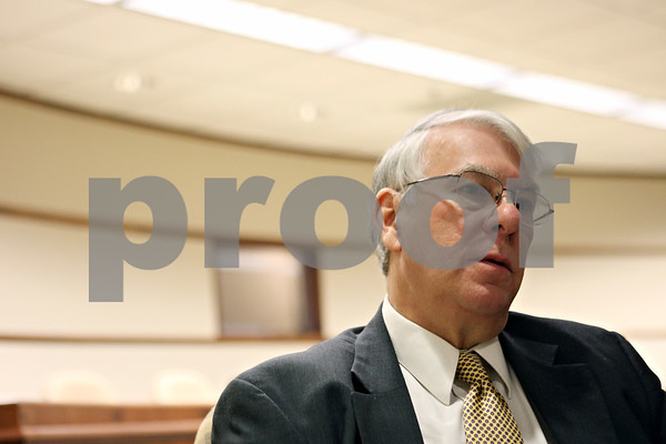 Rob Winner – rwinner@shawmedia.com<br /> <br /> Don Manzullo is running for the 16th Congressional Seat in Illinois.<br /> <br /> DeKalb, Ill.<br /> Monday, Jan. 30, 2012
